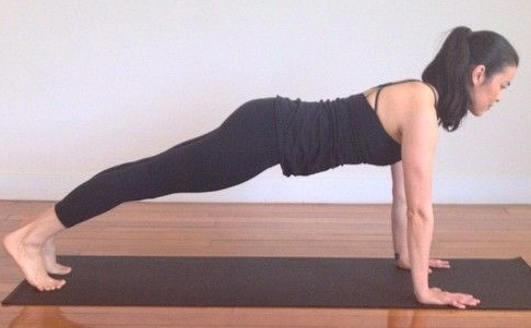 Effective Yoga Kumbhakasana (Plank Pose)