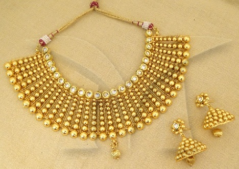 kundan-jewellery-designs-gold-kundan-jewellery