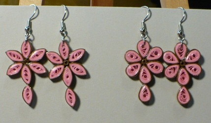 paper-quilling-earring-designs-petals-quilling-earrings