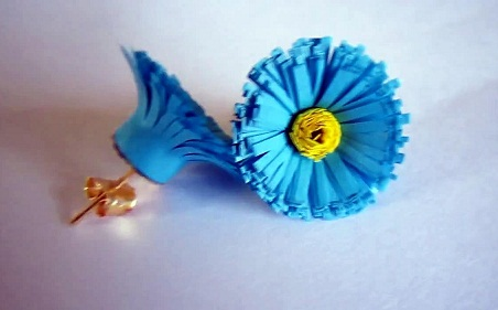 paper-quilling-jewellery-designs-blue-colour-earrings