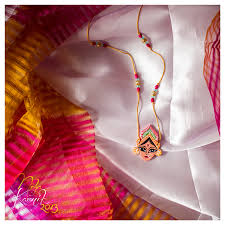 paper-quilling-jewellery-designs-hand-painted-paper-quilled-durga-necklace