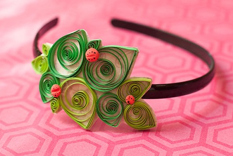 paper-quilling-jewellery-designs-paper-quilled-hair-clip