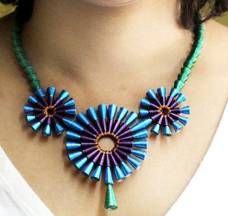paper-quilling-jewellery-designs-paper-quilling-necklace