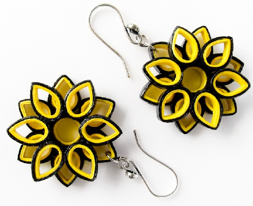 paper-quilling-jewellery-designs-simple-paper-quilled-earrings