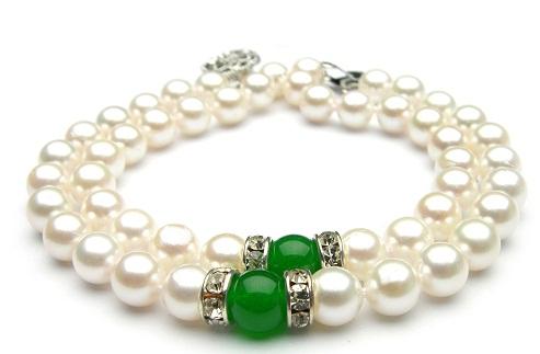 pearl-bracelets