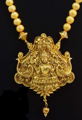 pearl-temple-jewellery-set