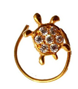 piercing-gold-nose-pin-in-tortoise-design13