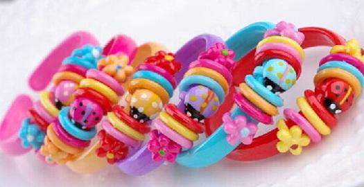 plastic-bangles10
