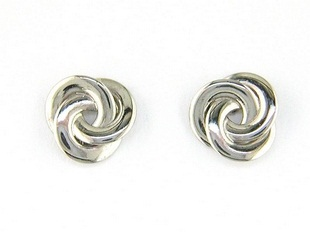 platinum-jewellery-platinum-ear-studs