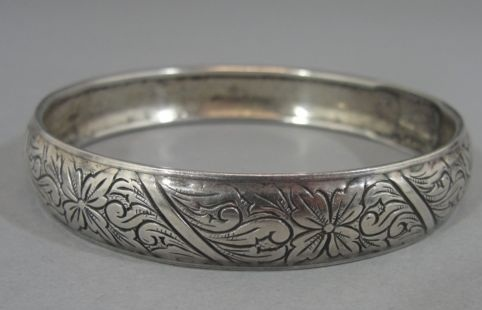 silver-bangle-designs-engraved-sterling-silver-bangle