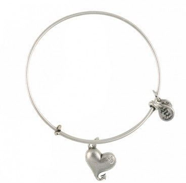 silver-bangle-designs-heart-charming-bangle-design-made-of-silver