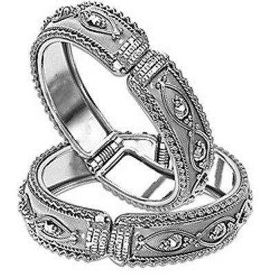 silver-bangle-designs-traditional-meenakari-design-bangle