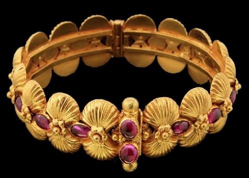 temple-jewellery-bangle-designs-shell-design-beaded-temple-bangle