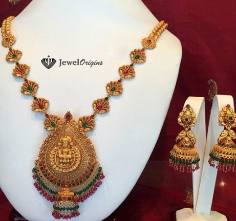 temple-jewellery-necklace-designs-pink-diamond-studded-necklace