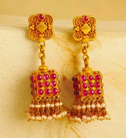 temple-jewelry-jhumka-beautiful-jhumka-for-diwali-9