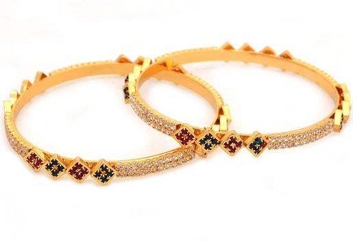 traditional-style-bangles-in-maroon-stones-and-floral-design4