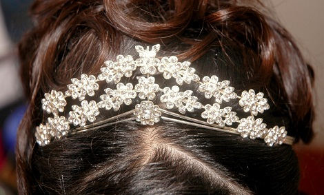 types-of-hair-pins-tiaras-hair-pins