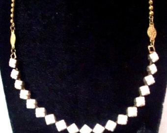 white-glass-diamond-chain-5