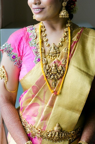 gold-bridal-temple-necklace