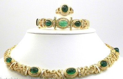 18-cents-diamond-with-yellow-gold-emerald-set8