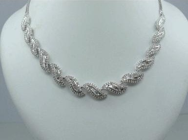 abstract-diamond-necklaces