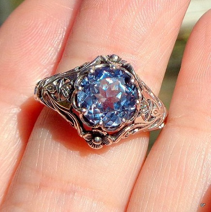 antique-alexandrite-ring