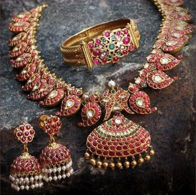antique-ruby-necklace-and-jhumka-set