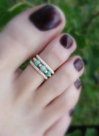 bead-toe-ring