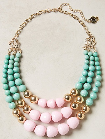 beaded-necklace-with-retro-colours3