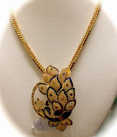 50923c0eda93f 25 Latest Gold Pendant Designs for Men and Women