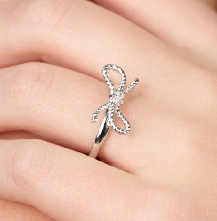 beautiful-promise-ring-for-her