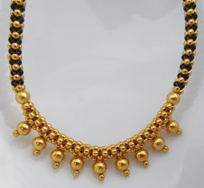 black-and-gold-beaded-mangalsutra-necklace8