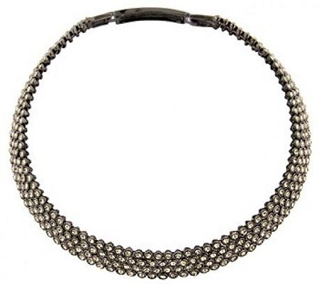black-diamond-necklace