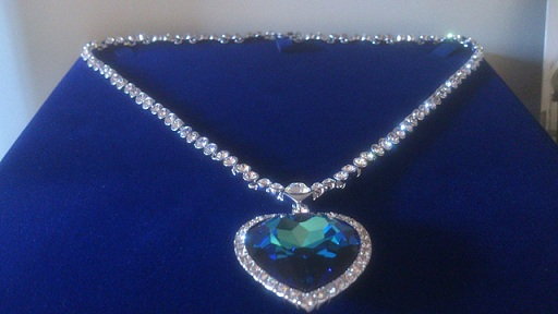 blue-diamond-heart-necklaces