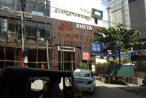 boutiques-in-hyderabad-shantanu-and-nikhil