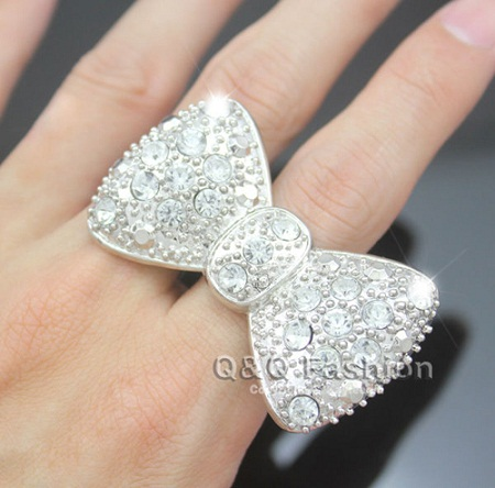 bow-shape-silver-ring