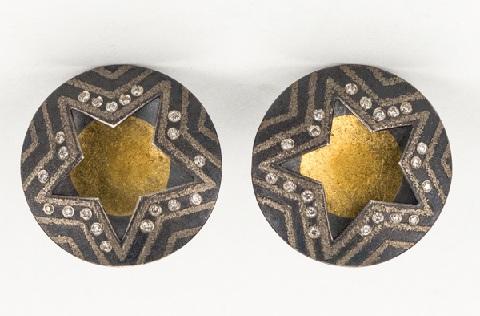 champagne-platinum-earrings