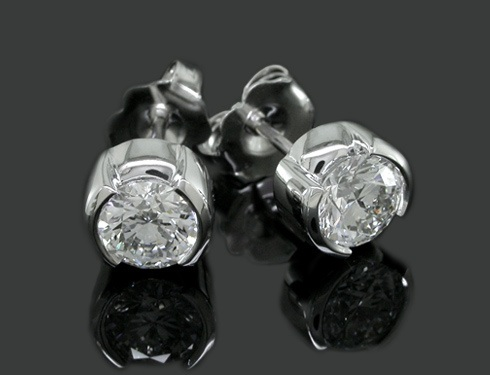 cluster-knot-diamonds-stud-platinum-earrings