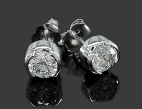 cluster-knot-diamonds-stud-platinum-earrings