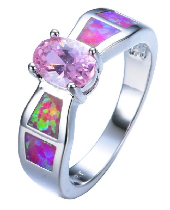 colour-on-silver-ring