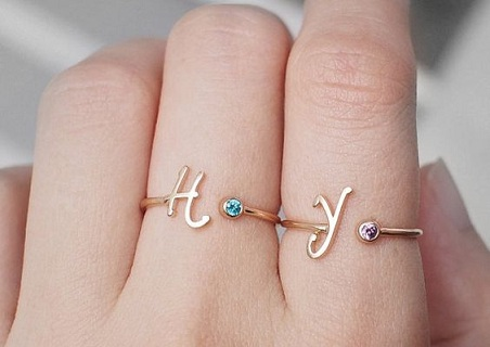 couples-initials-birthstone-rings