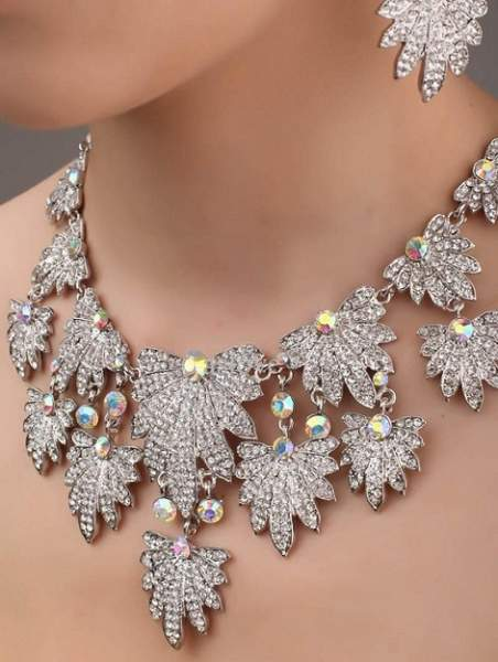 crystal-rhinestone-bridal-necklace