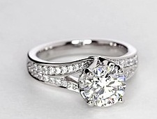 delicate-settings-engagement-ring10