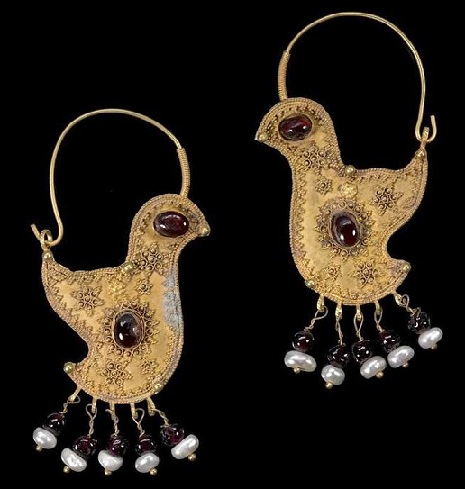 designer-bird-hoop-earrings