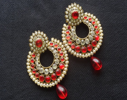 designer-stone-earrings-with-teardrops