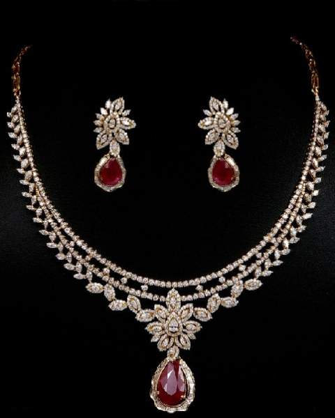 diamond-and-ruby-necklaces