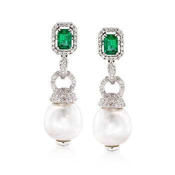 emerald-and-pearl-drop-earrings