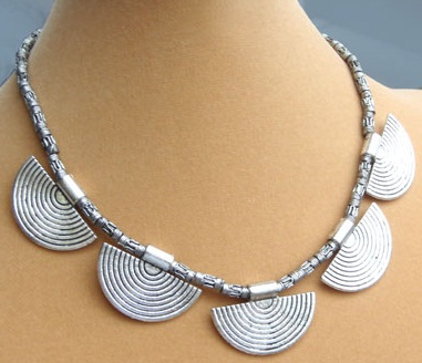 ethnic-tribal-silver-necklace13