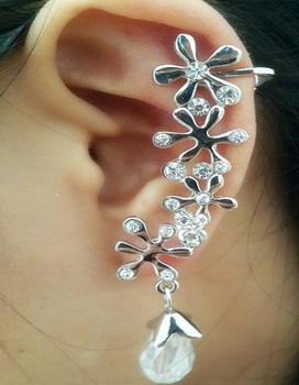 floral-ear-pin-23