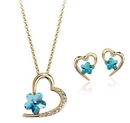 flower-heart-pendant